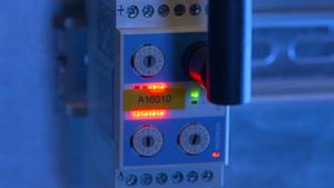 Video aziendale Simpeq Società Impianti elettrici e quadri